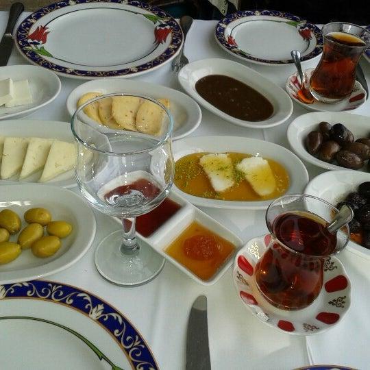 Снимок сделан в Ramazan Bingöl Et Lokantası пользователем Berkay O. 4/7/2013