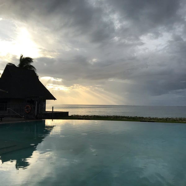 Photos At Adult Pool Intercontinental Fiji Golf Resort Spa