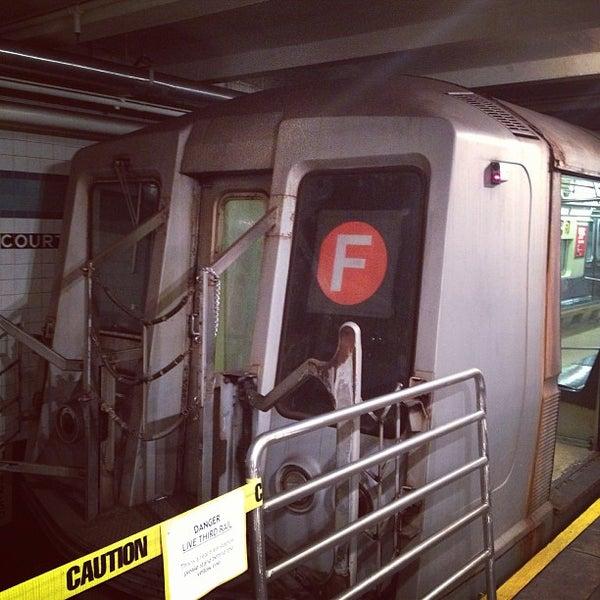 2/24/2013 tarihinde Derek D.ziyaretçi tarafından New York Transit Museum'de çekilen fotoğraf