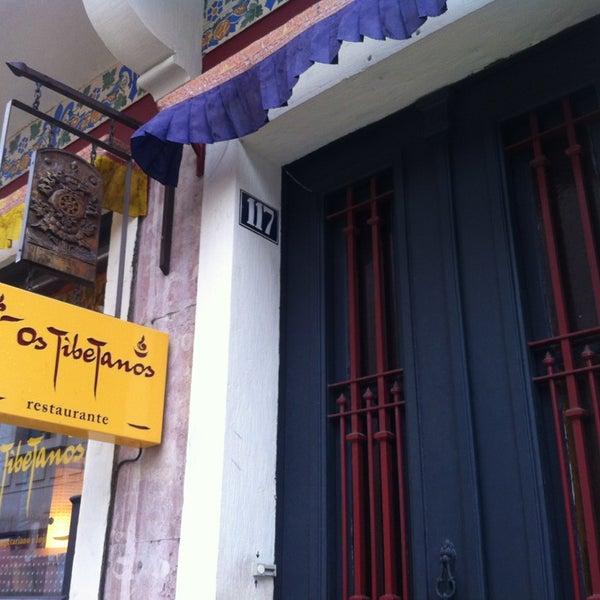 Снимок сделан в Os Tibetanos пользователем Ricardo R. 2/22/2013