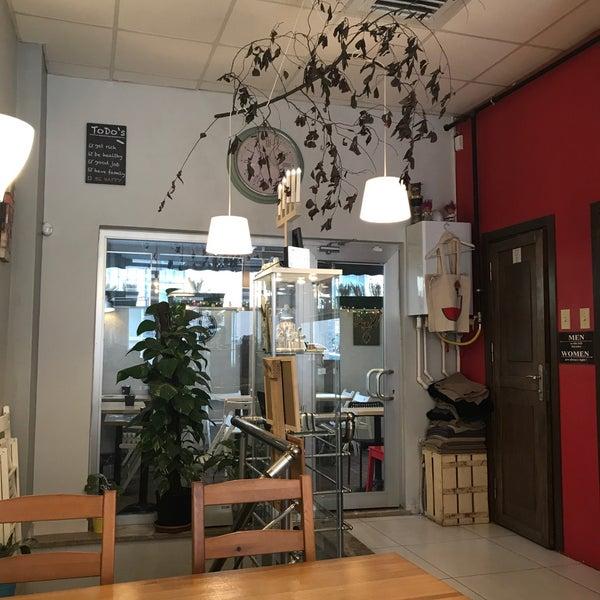 Foto tirada no(a) Cotta Coffee por Eda Ş. em 3/3/2018