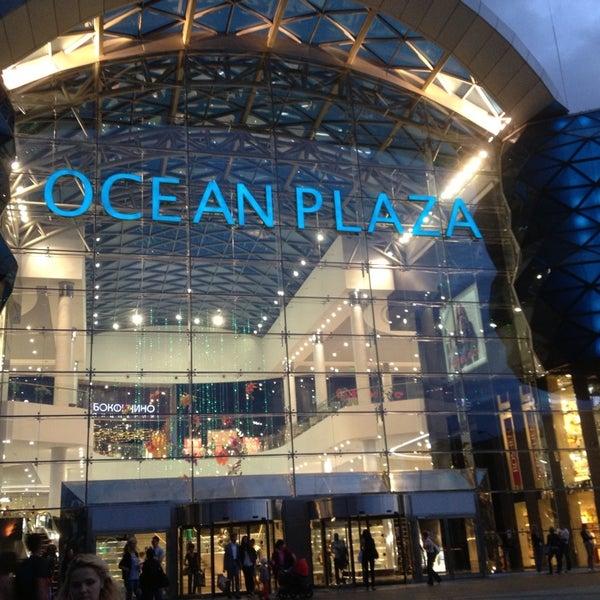 รูปภาพถ่ายที่ Ocean Plaza โดย Mikhail M. เมื่อ 7/24/2013