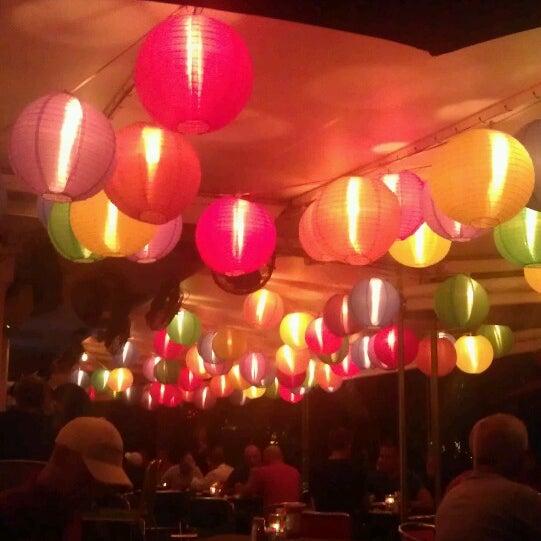 Photo prise au Rosie's Bar & Grill par Stephanie B. le2/20/2013