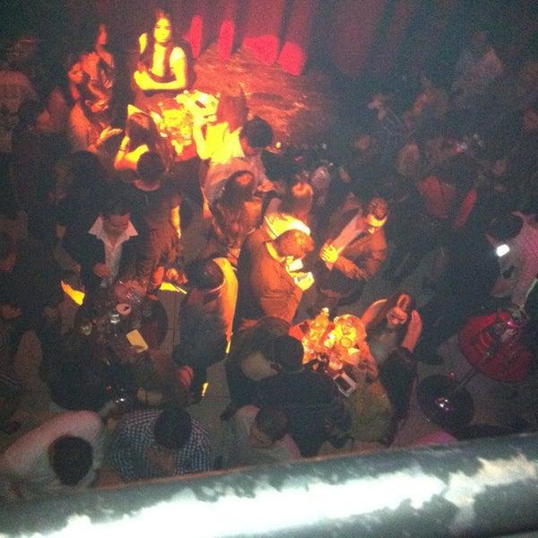 รูปภาพถ่ายที่ Opera Teatro Bar โดย Saul G. เมื่อ 12/23/2012