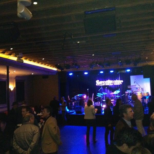 Foto tirada no(a) Sweetwater Music Hall por Tim S. em 3/2/2013