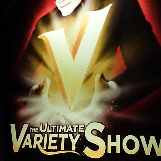 10/19/2013 tarihinde Yuri L.ziyaretçi tarafından VEGAS! The Show'de çekilen fotoğraf