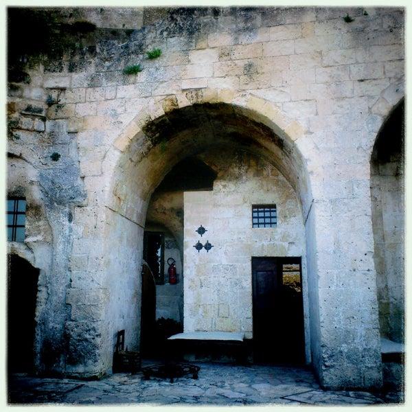 Foto tirada no(a) Sextantio | Le Grotte della Civita por Hidemaro I. em 7/16/2013