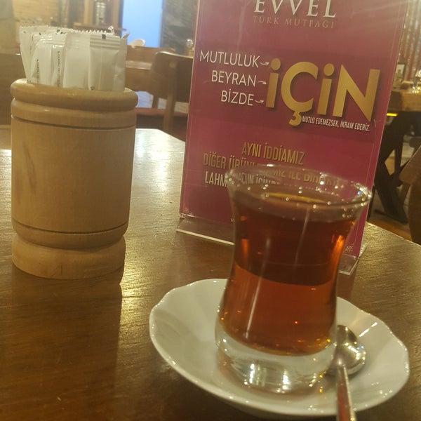 Foto tirada no(a) Evvel Türk Mutfağı por aren p. em 12/2/2018