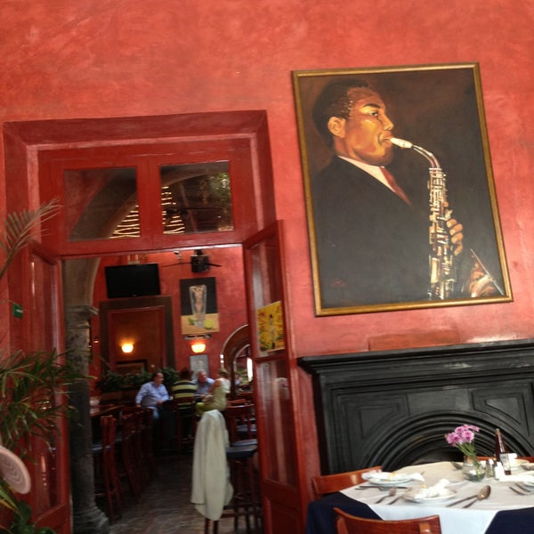 Photo taken at Hank's San Miguel de Allende by Ana P F. on 5/3/2013