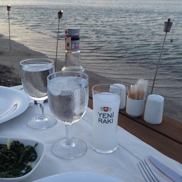 6/15/2013 tarihinde Gizem B.ziyaretçi tarafından Kekik Restaurant'de çekilen fotoğraf