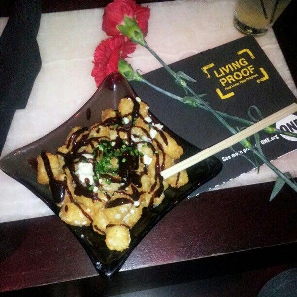 Foto tomada en HaVen Gastro-Lounge por James E. el 12/2/2012