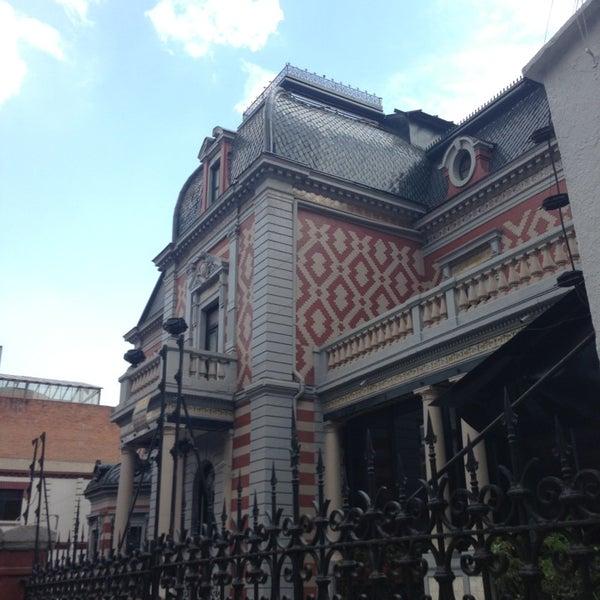รูปภาพถ่ายที่ Museo de Cera โดย Sam G. เมื่อ 3/29/2013