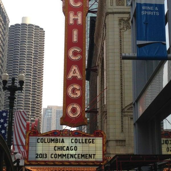 5/19/2013에 Maureen K.님이 The Chicago Theatre에서 찍은 사진