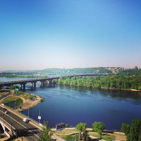 5/9/2013 tarihinde Roman G.ziyaretçi tarafından Готель «Славутич»  / Slavutych Hotel'de çekilen fotoğraf