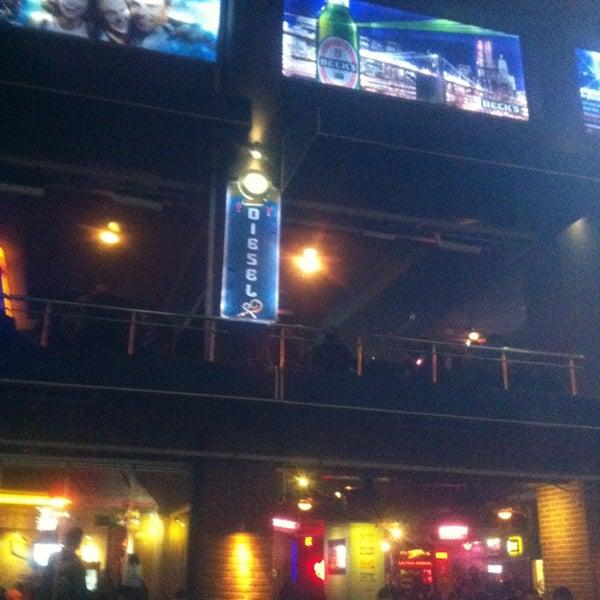 Foto diambil di Diesel Pub oleh Apoli S. pada 2/20/2013