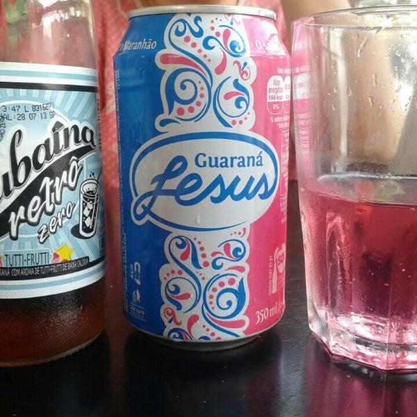 Aqui encontrei Jesus, o guaraná. ... Ótima comida, a esfirra de carne louca é uma delícia. Sensacional!