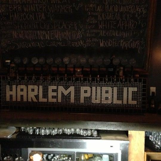 รูปภาพถ่ายที่ Harlem Public โดย Brian W. เมื่อ 12/1/2012