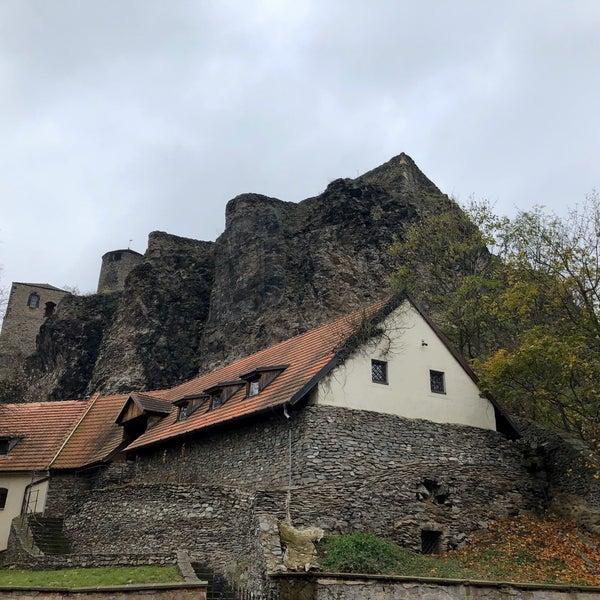 Krištáľové hrady pytačky datovania Tumblr