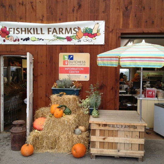 Foto tirada no(a) Fishkill Farms por Joshua em 10/2/2012