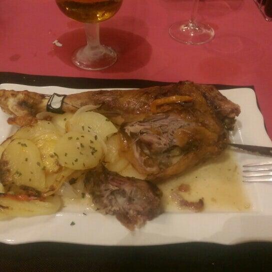 Das Foto wurde bei Restaurante Todo Carne von Sercan T. am 2/16/2016 aufgenommen