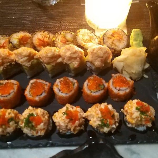 Foto scattata a Yada Sushi da Seher H. il 9/13/2020
