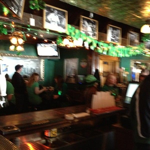 Foto diambil di Pippin's Tavern oleh Don R. pada 3/17/2013