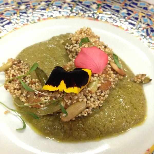 Das Foto wurde bei Restaurante Nicos von Ana paula B. am 6/21/2013 aufgenommen