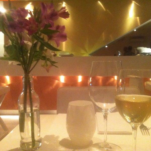 Foto tirada no(a) MIMO Restaurante por Aylla A. em 4/17/2013