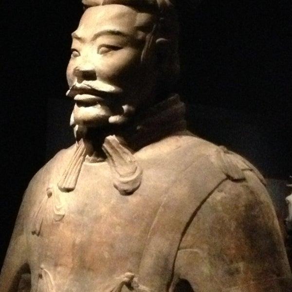 3/13/2013 tarihinde Andrea S.ziyaretçi tarafından Asian Art Museum'de çekilen fotoğraf