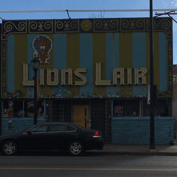 Das Foto wurde bei Lion's Lair von Wes am 12/30/2018 aufgenommen