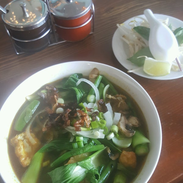 Foto tomada en Falansai Vietnamese Kitchen por Mychal 🍄 el 8/19/2016