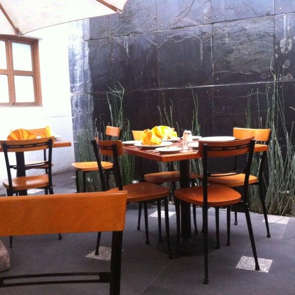 Montmartre restaurante franc s for Restaurante frances