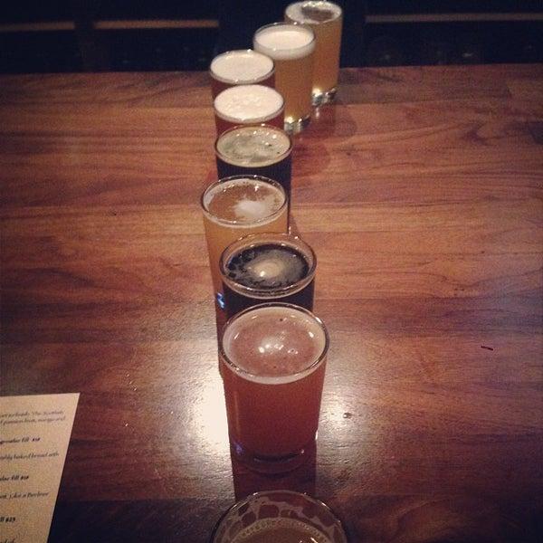 Foto scattata a Cellarmaker Brewing Company da Clayton L. il 11/2/2013