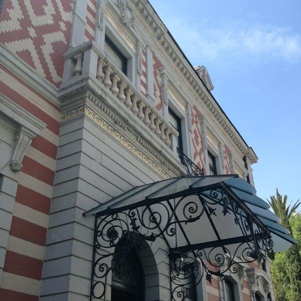 รูปภาพถ่ายที่ Museo de Cera โดย Jorge M. เมื่อ 2/24/2013