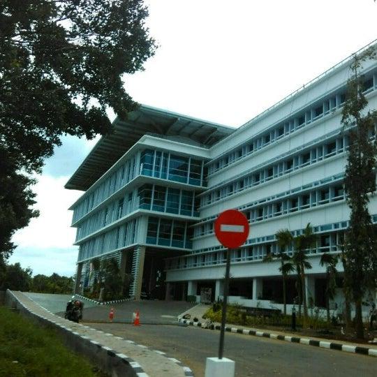 Head Office Pertamina RU IV Cilacap - 11 tips