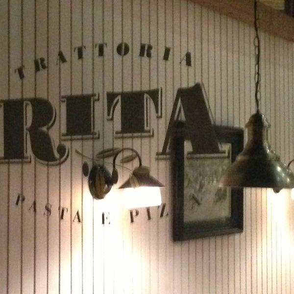 รูปภาพถ่ายที่ Trattoria Rita โดย Andrés T. เมื่อ 2/28/2013