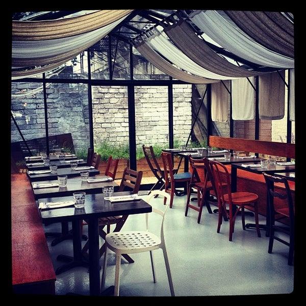 รูปภาพถ่ายที่ Sottocasa Pizzeria โดย Luca A. เมื่อ 6/3/2013