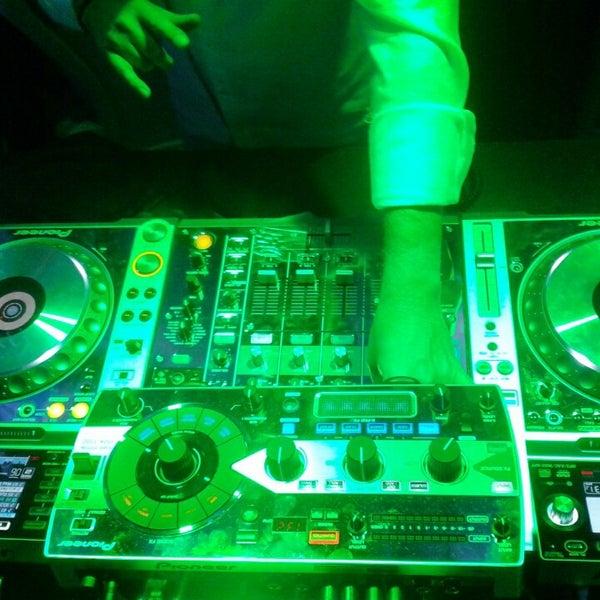 Das Foto wurde bei Club Saltillo 39 von AnDeejay M. am 3/20/2013 aufgenommen