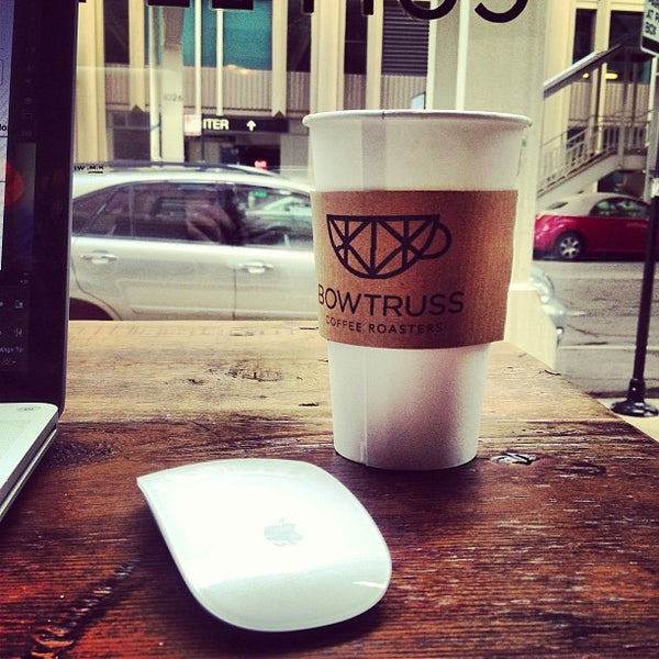 Foto tomada en Bow Truss Coffee  por Adam B. el 3/12/2013