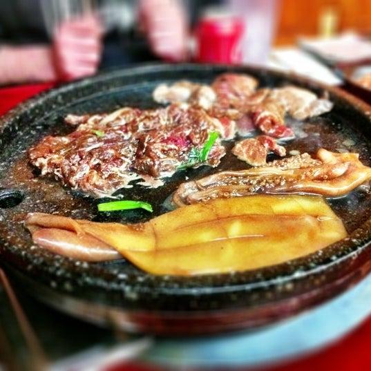 Foto scattata a Hae Jang Chon Korean BBQ Restaurant da Mohammed K. il 12/17/2012