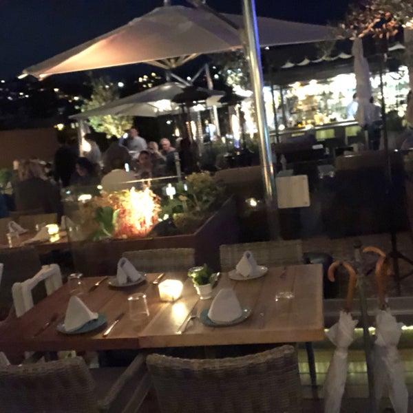 Hermosa terraza atendidos al 100 por su personal !! Platillos deliciosos y excelente relación precio calidad ! solo las bebidas  se desfasan un poco pero si lo recomiendo