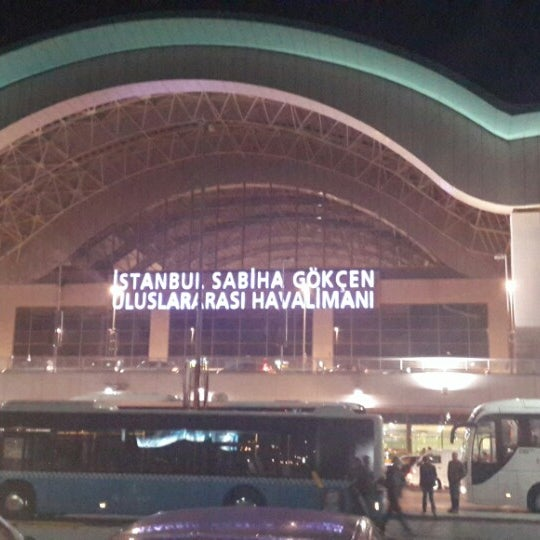 Снимок сделан в Аэропорт Стамбул им. Сабихи Гёкчен (SAW) пользователем Uqur I. 11/10/2013