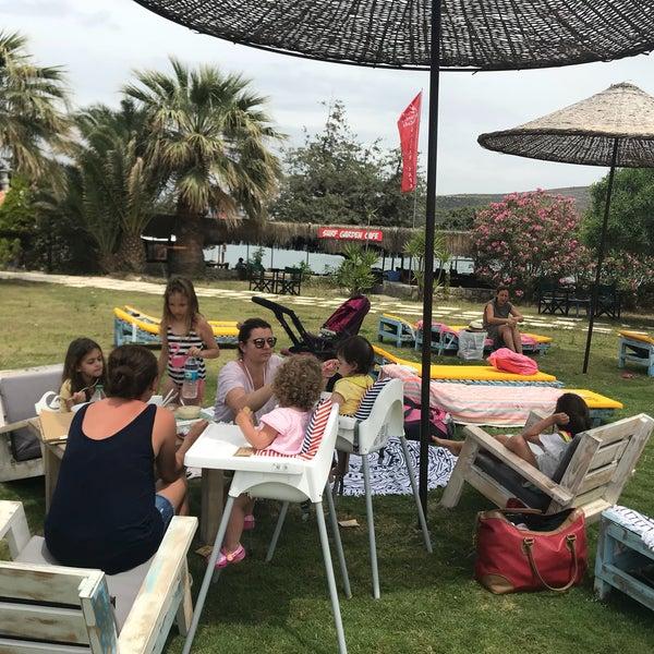 Das Foto wurde bei Alaçatı Surf Paradise Club von Nilay am 5/18/2018 aufgenommen