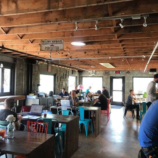 8/6/2018에 Courtney L.님이 Sip Coffee & Beer House에서 찍은 사진