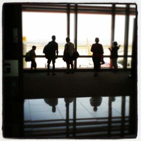 Снимок сделан в Аэропорт Стамбул им. Сабихи Гёкчен (SAW) пользователем Ahu T. 8/20/2013