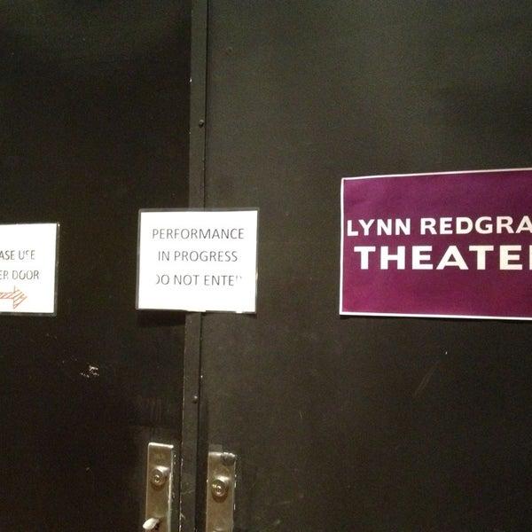 Снимок сделан в The Lynn Redgrave Theater at Culture Project пользователем Teresa H. 8/19/2013