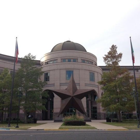 11/26/2012 tarihinde Tom H.ziyaretçi tarafından Bullock Texas State History Museum'de çekilen fotoğraf