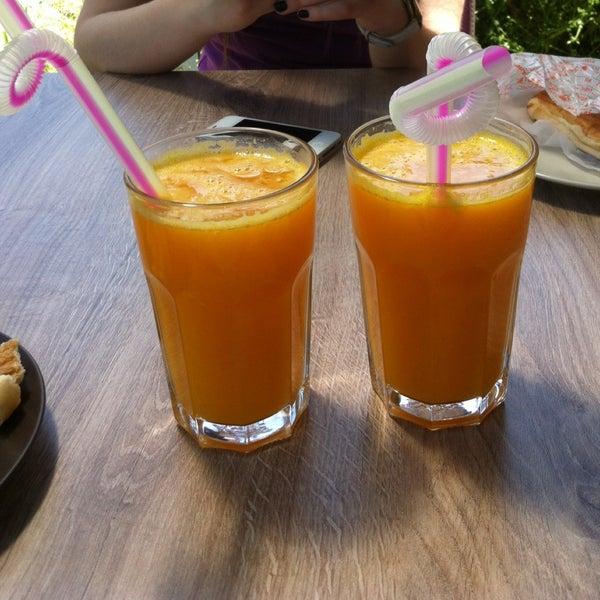 5/2/2013 tarihinde 💋👠 sarı şeker💃💄ziyaretçi tarafından Roko Dondurma & Kahve'de çekilen fotoğraf