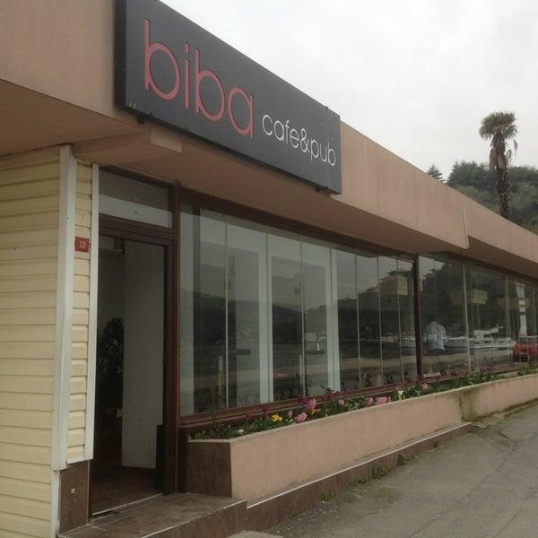 Photo prise au Biba Cafe par Yusuf O. le4/3/2013