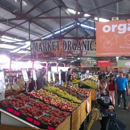 Foto diambil di Queen Victoria Market oleh Sur Thang C. pada 3/2/2013